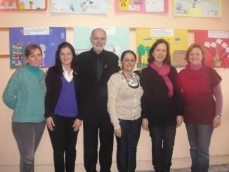 Com professoras das turmas da 3ª série, biblieotecária e vice-diretora.